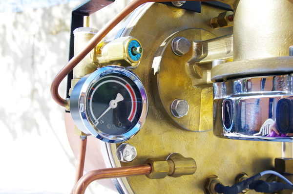 Manometer, boiler gauge on Prestina